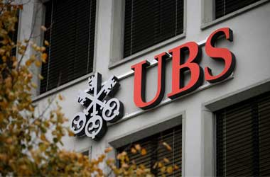 ex-UBS Employees Receive Ban From Swiss Watchdog