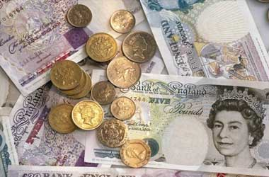 Pound Rallies On Impressive Growth Of UK Service Sector