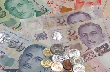 Signs of economic recovery strengthens Singapore dollar
