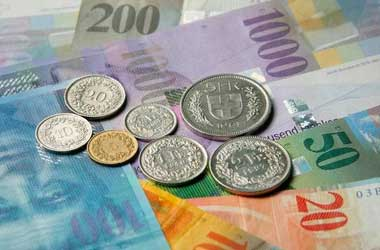 SNB maintains rates, ready to intervene on Franc