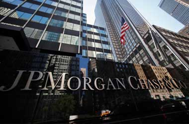 JPMorgan Chase beat Q3 2017 estimate, trading revenue dips 27%