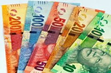 South African Rand Weakens to 18 Mark Against Greenback